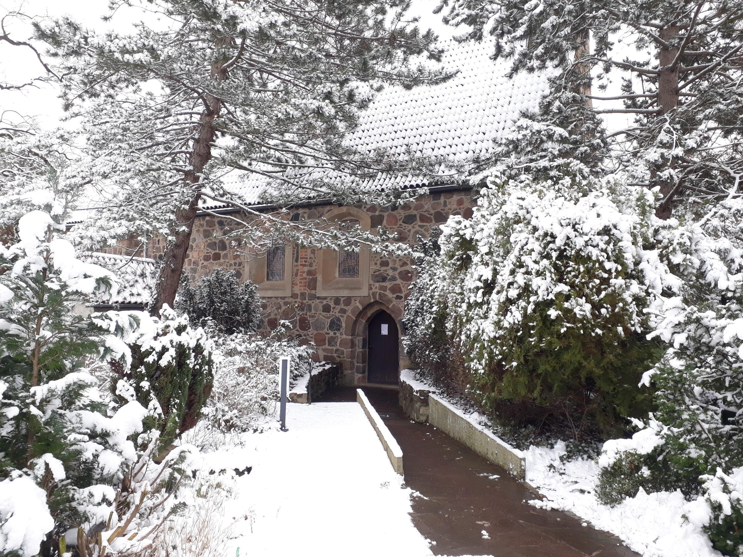 Leila Schoeneich Dorfkirche Giesensdorf